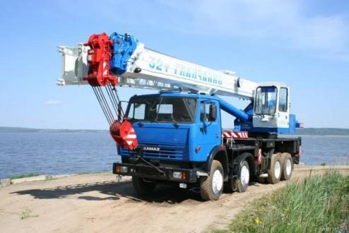 """Автокран 32 тонн  """"Галичанин"""""""